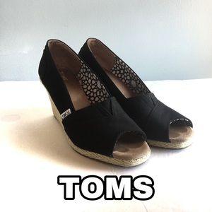 TOMS Black Open toe Wedge Espradrille Size: 9W